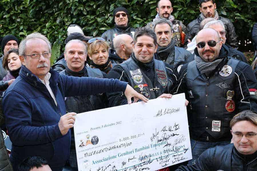 """08 dicembre 2012 - Due nuovi AMICI in visita all'AGBE i Motoclub """"Stella Alpina"""" e """"Wild Willy"""""""