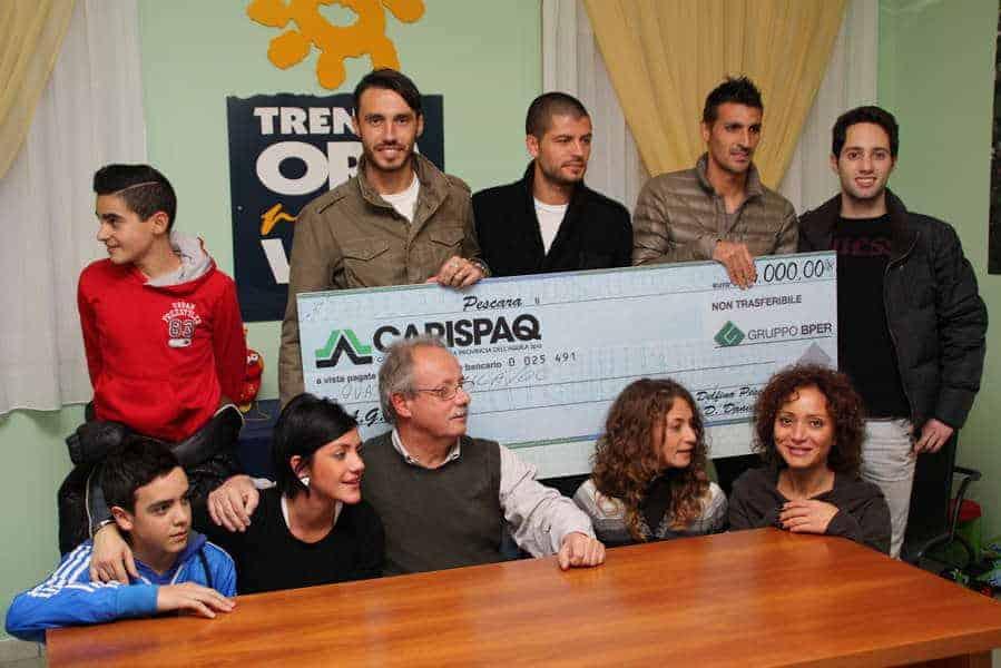 27 novembre 2012 - Rappresentanza del Pescara Calcio in visita all'AGBE