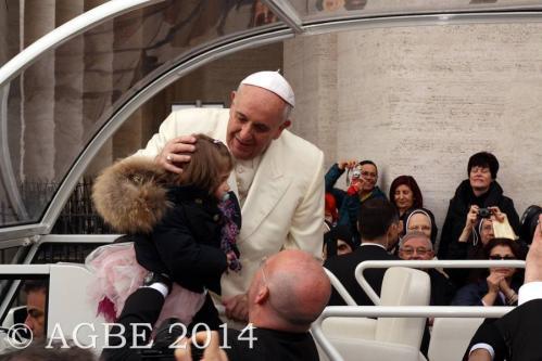 Web  56 120214 Udienza Papa Francesco