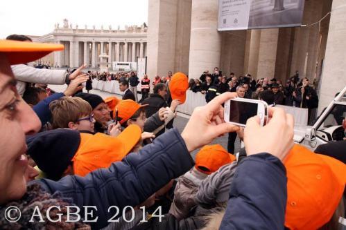 Web  57 120214 Udienza Papa Francesco