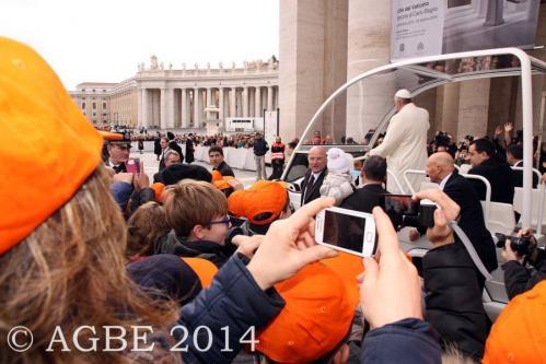 Web  59 120214 Udienza Papa Francesco