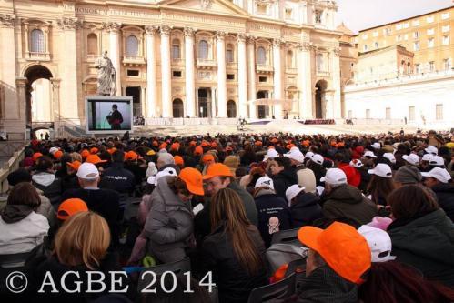 Web  60 120214 Udienza Papa Francesco